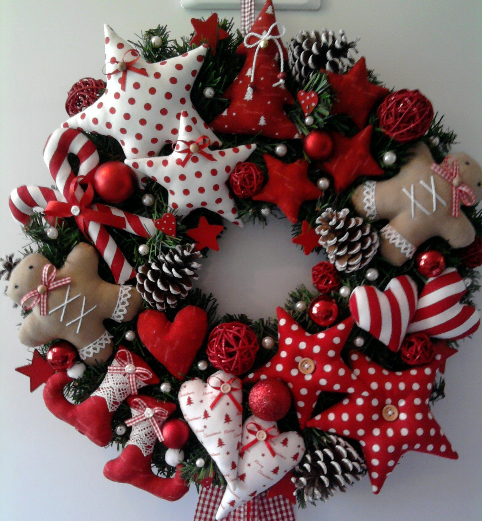 wreath christmas gingerbread man candy cane. Black Bedroom Furniture Sets. Home Design Ideas